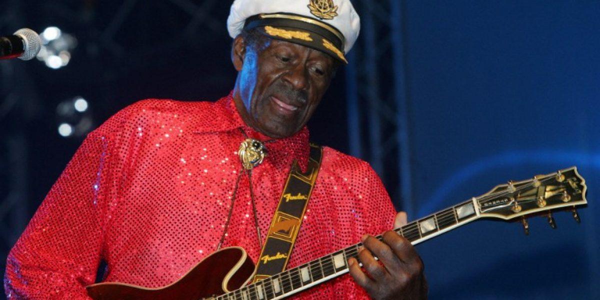 Chuck Berry abolió barreras raciales al crear el rock