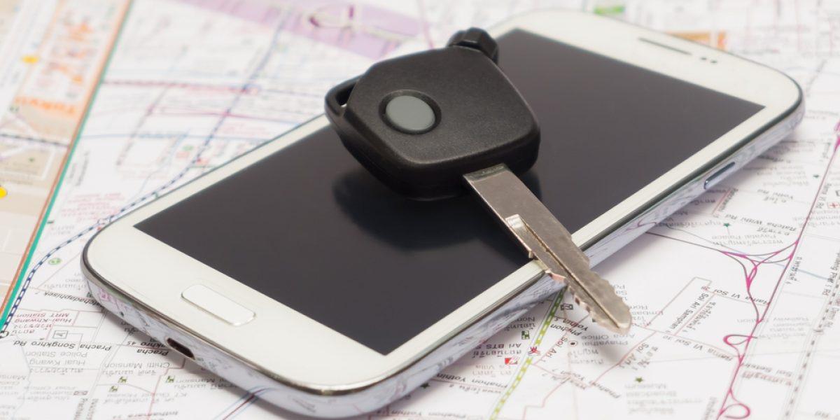 ¿Extraviaste tu celular o tus llaves en el EMF? Revisa esta lista de objetos perdidos