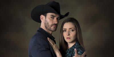 David Zepeda y Ariadne Díaz protagonizan inexplicable escena sexual en telenovela