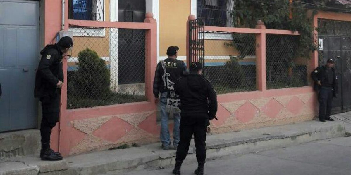 Nuevo golpe a la corrupción: 13 capturados por irregularidades en tres municipalidades