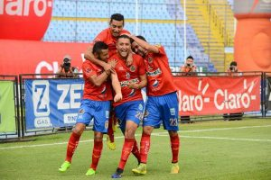 Municipal rescata el empate ante Xelajú