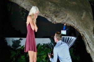 Así empezó la historia de Patrick y Ashley, dos jóvenes que se conocieron por Tinder y ahora están comprometidos. Así lo narra su página oficial. Foto:Tinder.com