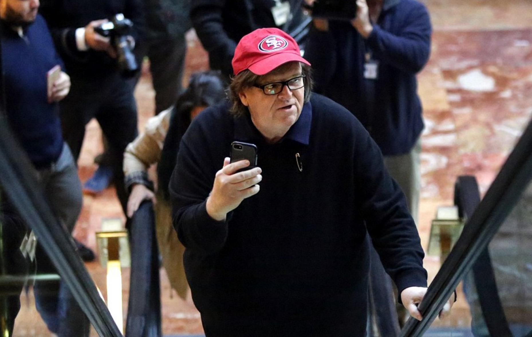 Michel Moore confronta Trump