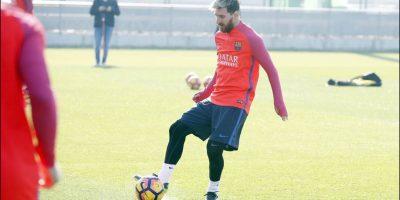Lionel Messi usó avión del PSG para volver antes a Barcelona