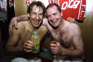 Diez famosos futbolistas que tuvieron problemas con el alcohol
