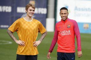 Justin Bieber entrenó con su amigo Neymar en Barcelona