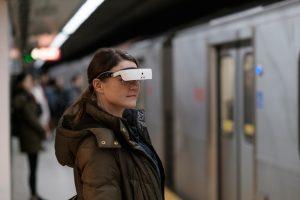 Los lentes eSight devuelven la vista a débiles visuales