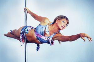 Greta Pontarelli: La reina del pole dance de 64 años