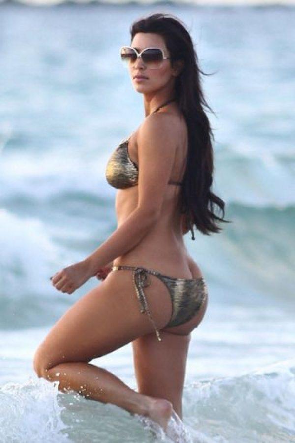 Foto:La sucesora de JLo es la modelo Kim Kardashian, quien también tiene altibajos y, a veces, celulitis que la atormenta. Imagen Por: