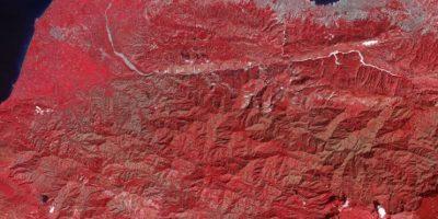 La imagen coloreada muestra la zona afectada por el terremoto en Haití el 21 de enero de 2010, nueve días después del sismo de 7.0 grados de magnitud Foto:NASA