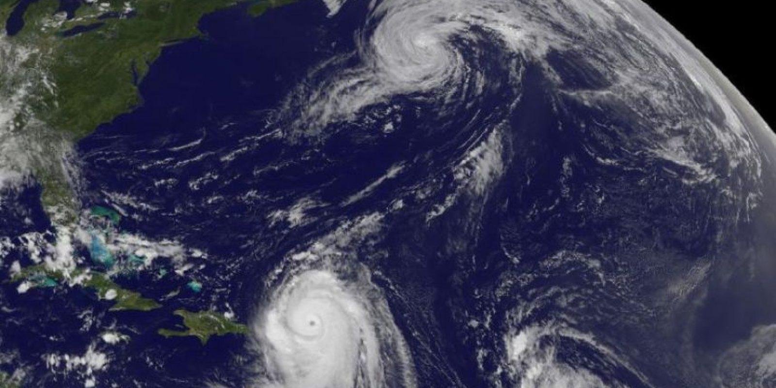 Tres Tormentas en el océano Atlántico. Se trata del huracán Danielle, el huracán Earl y la tormenta tropical número 8, capturados en Agosto de 2010 Foto:NASA
