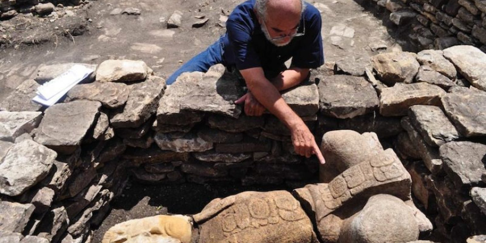 Las esculturas de 1.5 metros de altura son representaciones de guerreros hechos prisioneros por antiguos habitantes de Popo (hoy Toniná) y que en algún momento fueron expuestos en vida en los cuatro extremos de la cancha. Foto:Cuartoscuro