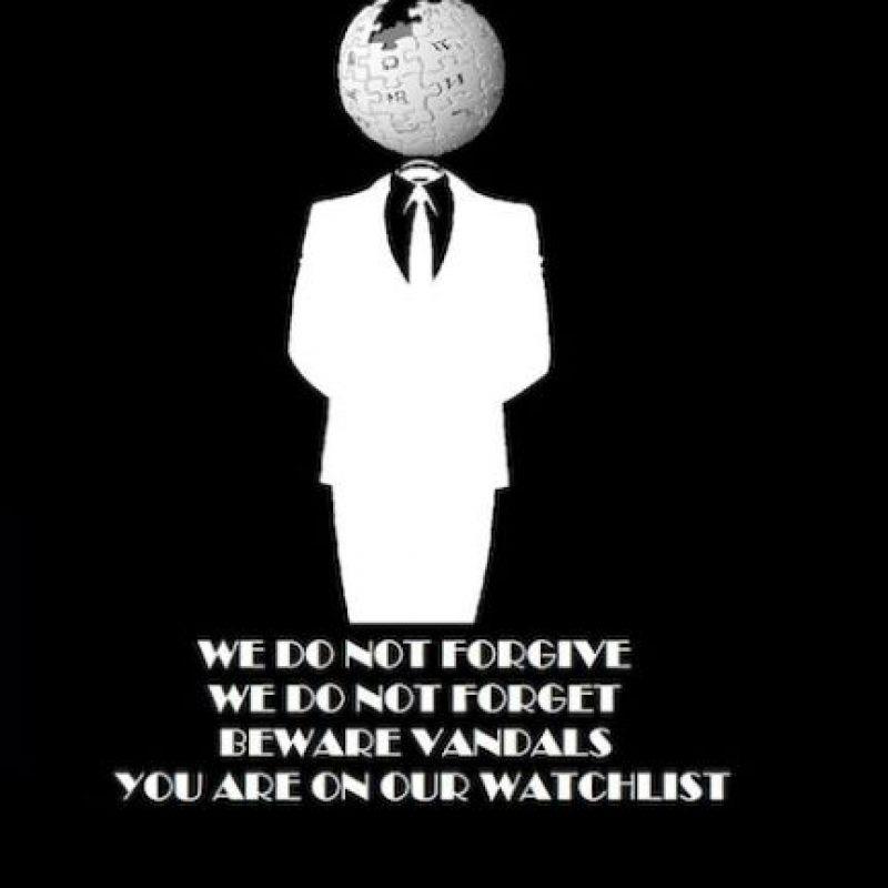 El lema de Anonymous:  Knowledge is free. We are Anonymous. We are Legion. We do not forgive. We do not forget. Expect us! El conocimiento es libre. Somos Anónimos. Somos Legión. No perdonamos. No olvidamos. ¡Espéranos! Foto:Tomada de Internet. Imagen Por: