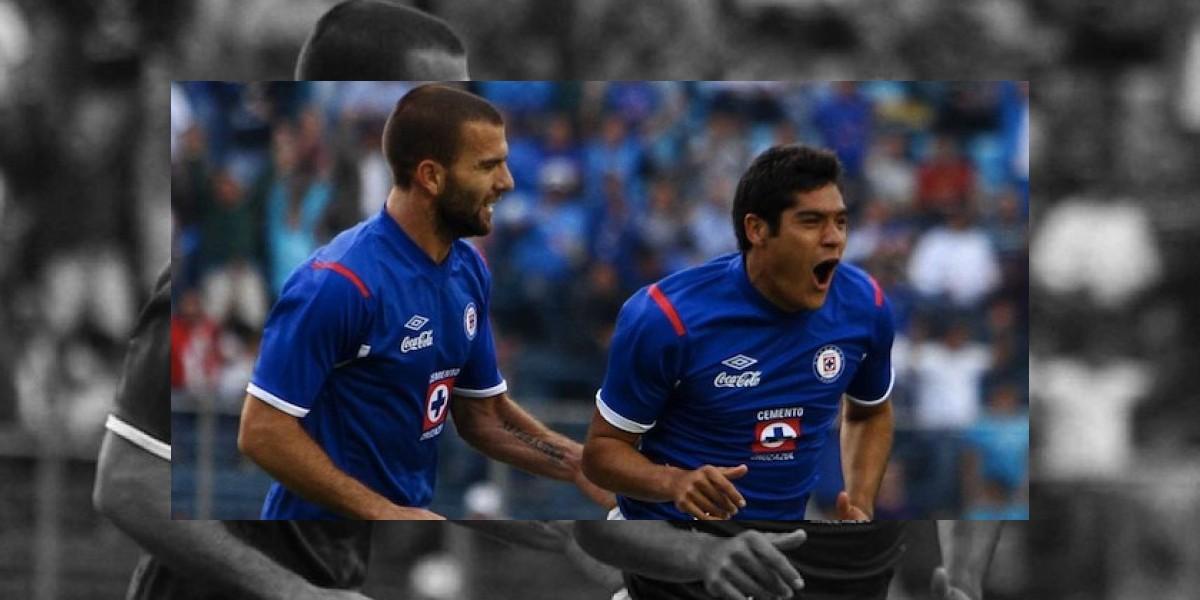 Javier Orozco rompe sequía goleadora y da triunfo a Cruz Azul