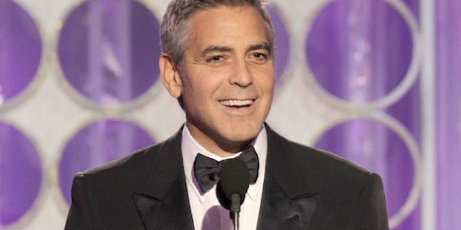 """George Clooney, por """"The descendents"""", ganó el Globo de Oro al mejor actor dramático del 2011 en la 69 entrega de premios de la Asociación de Prensa Extranjera de Hollywood Foto:AP"""