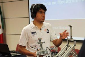 El nombre oficial del desarrollo de Ojeda Ruiz es Sistema de Control Interpretando la actividad bioléctrica de las señales cerebrales para manipular un dispositivo mecatrónico Foto:ITESM