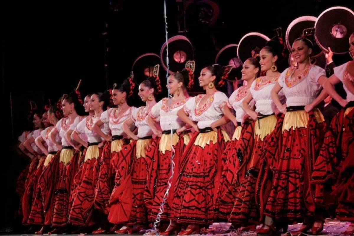 Festival Internacional Cervantino, Guanajuato: Tuvo su origen a mediados del siglo XX, cuando las obras de Miguel de Cervantes, se representaban en las plazas hasta que en 1972 se agregaron eventos artísticos, nacionales e internacionales Foto:Cuartoscuro