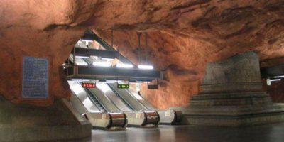 El metro de Estocolmo, la galería de arte más grande del mundo