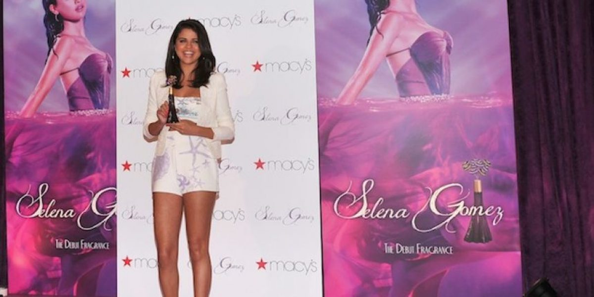Selena Gomez , muy