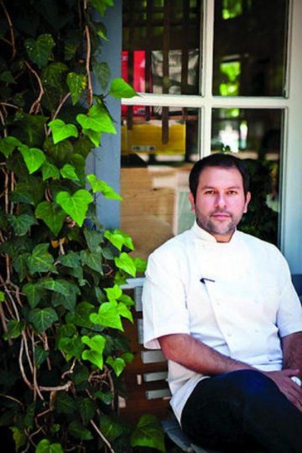 Gastronomía – El chef Enrique Olvera es propietario del restaurante Pujol, el cual está en el listado de los 100 mejores del mundo. Se ha destacado por impulsar la comida mexicana y por su enorme creatividad para jugar con los sabores, ingredientes y olores infinitos de la cocina nacional Foto:Fiamma Piacentini
