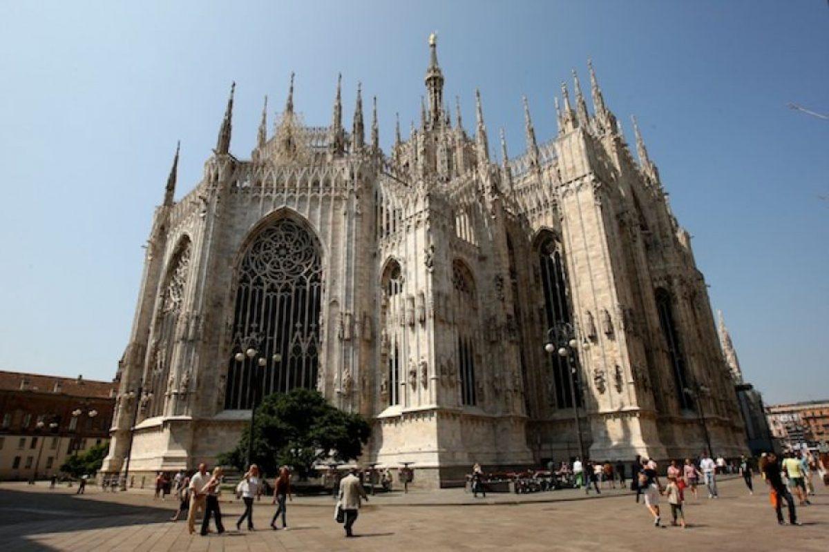 Milán, una de las ciudades más ricas de Europa y la casa de la moda italiana. Conocida por sus tiendas y restaurantes de alta gama, además de arquitectura impresionante Foto:Getty Images