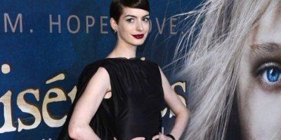 FOTOS: Anne Hathaway olvidó usar ropa interior en el estreno de Les Misérables