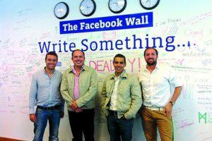Los mexicanos, en las oficinas de Dublín Foto:Cortesía. Imagen Por: