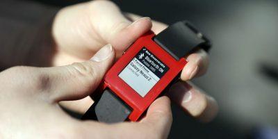 FOTOS: Pebble, el reloj de alta tecnología con Twitter y Facebook