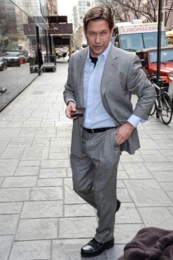 Stephen Baldwin admitió en una corte que no pagó impuestos por sus ingresos al estado de Nueva York durante tres años, por lo que se vio obligado a pagar 400 mil dólares de multas, recargos y penalizaciones. Foto:Getty Images