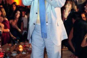 Juan Gabriel: Tras deber 5.5 millones de dólares en impuestos a Estados Unidos. No se salvó de la deuda y debió desembolsar una fuerte suma de dinero. Foto:Getty Images. Imagen Por: