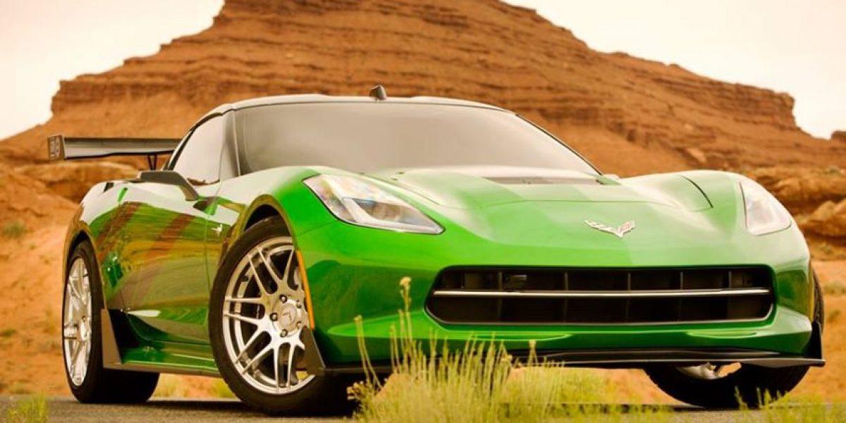 FOTOS: Michael Bay presenta los nuevos autos de Transformers