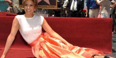 FOTOS: Jennifer López devela su estrella en el Paseo de la Fama
