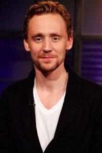 """Tom Hiddleston es otro de los británicos con más talento y clase del momento. La mayoría de colombianos lo conocen por su papel de """"Loki"""" en """"Los Vengadores"""". Foto:Getty Images"""