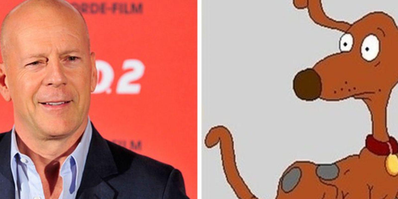 Bruce Willis como Firulais. Foto:Buzzfeed