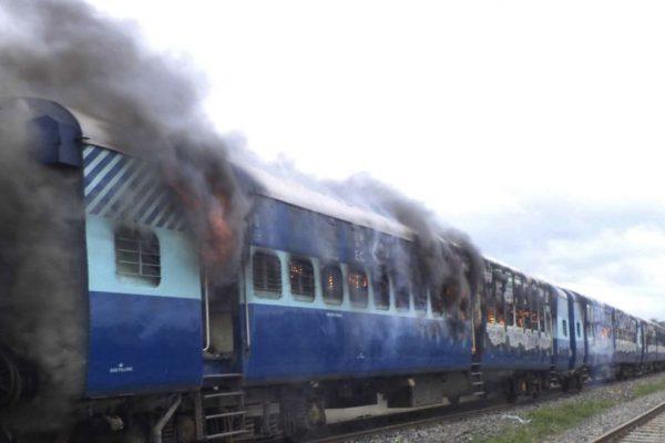 FOTOS: Tren arrolla a peregrinos en la India | Publimetro México