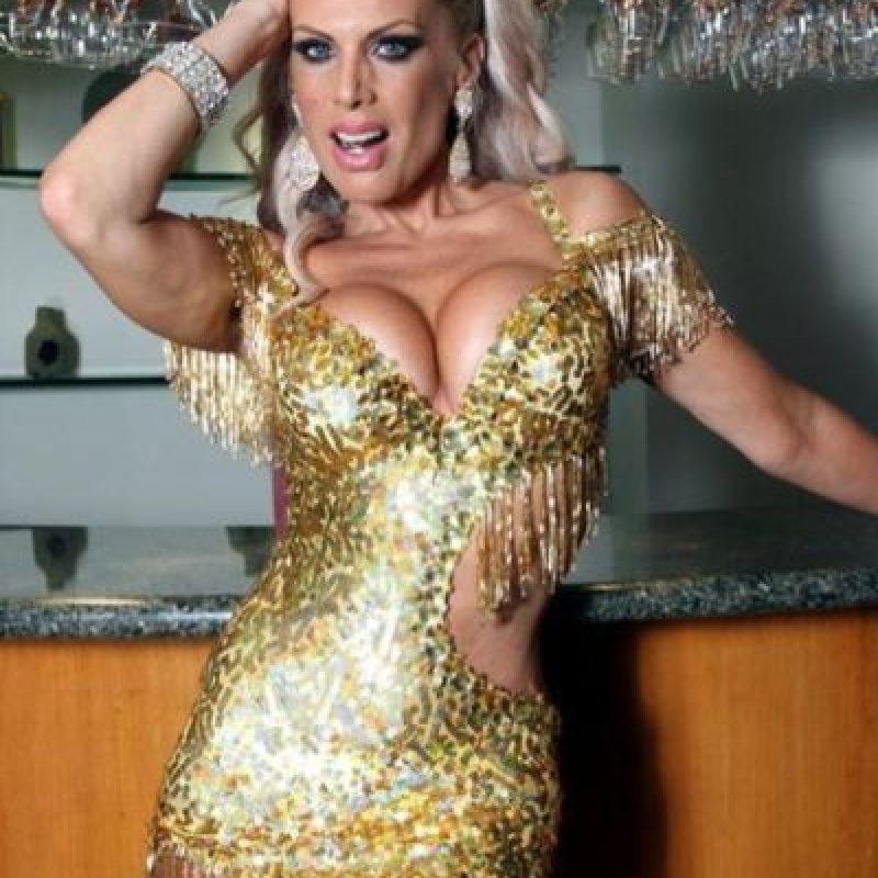 Lorena Herrera es sinónimo de sensualidad; a sus 46 años. Foto:Twitter
