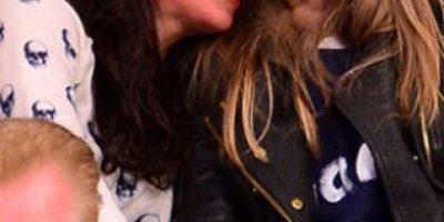 Michelle Rodríguez y Cara Delevingne derraman miel en público