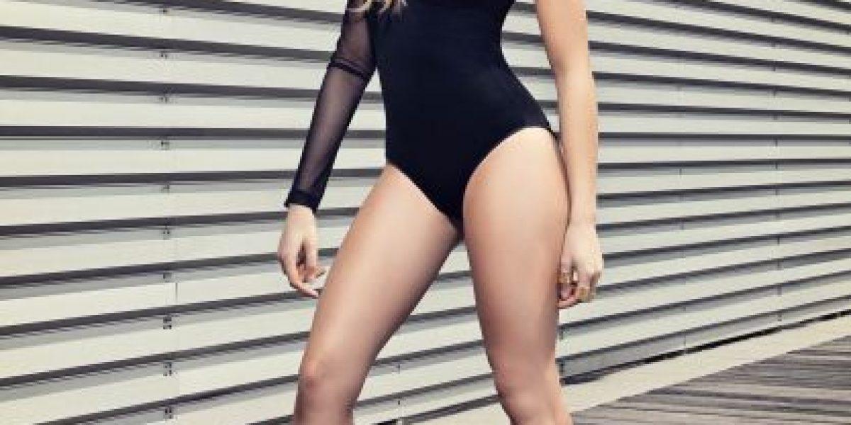 Danna Paola muy sexy en la portada de la Revista Open