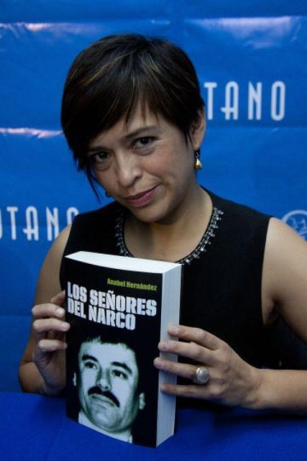 """Resultado de imagen para Anabel Hernández y su libro """"Los señores del narco"""""""