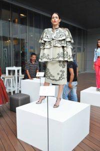 Elegance, Colección Perfume Waterproof, de Jehsel Lau. Foto:Alexandra Ortiz