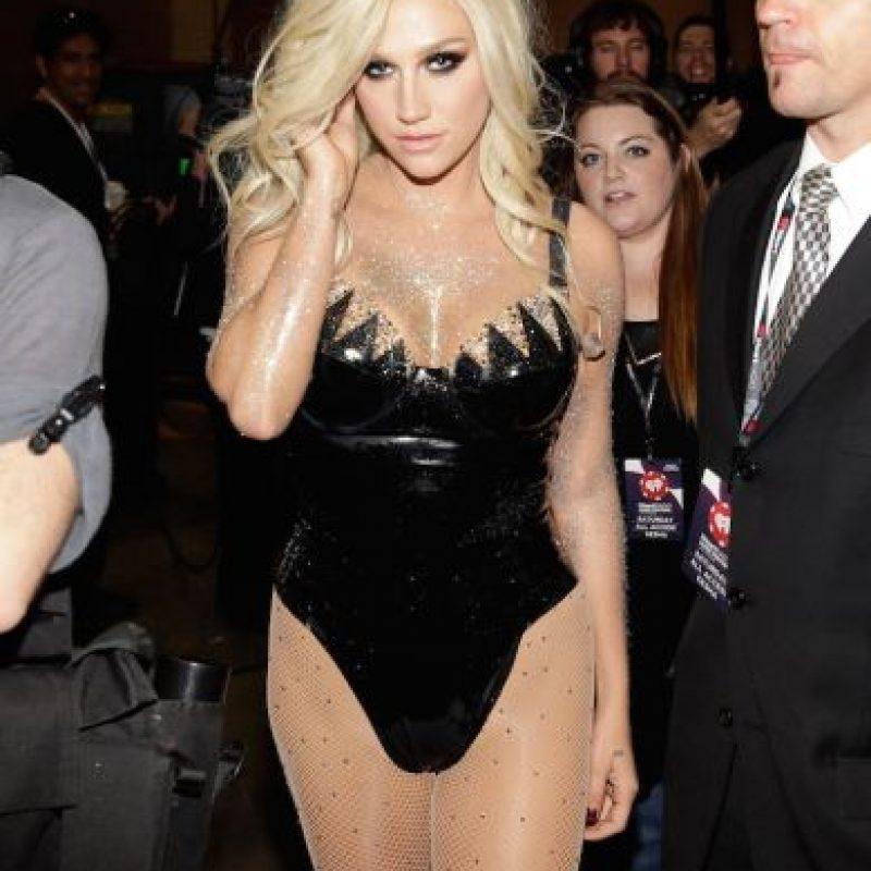 Durante 2013, la cantante se ha encargado de incendiar las redes sociales con fotos privadas que ella misma ha publicado, donde se aprecia semidesnuda. Foto: Getty