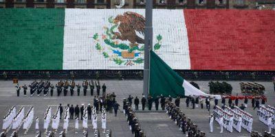 VIDEO: Se cae la Bandera de México durante el desfile militar