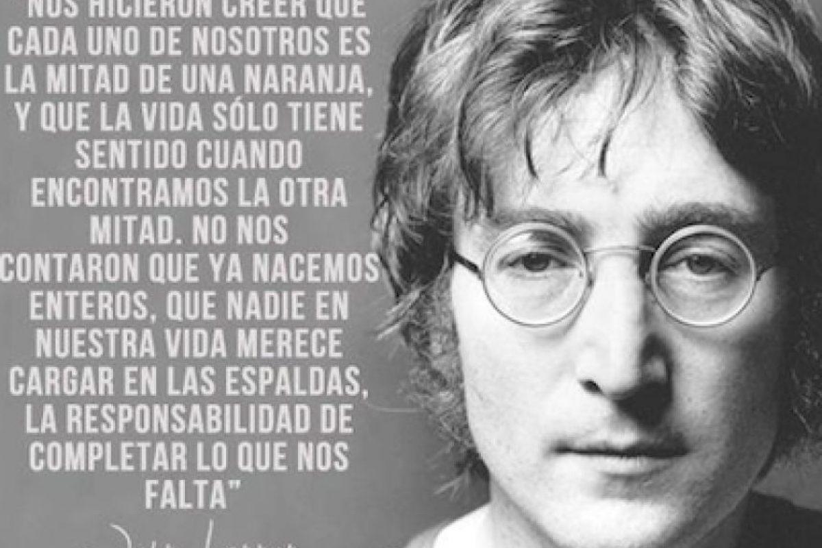 20 inolvidables frases de John Lennon en su cumplea±os 74