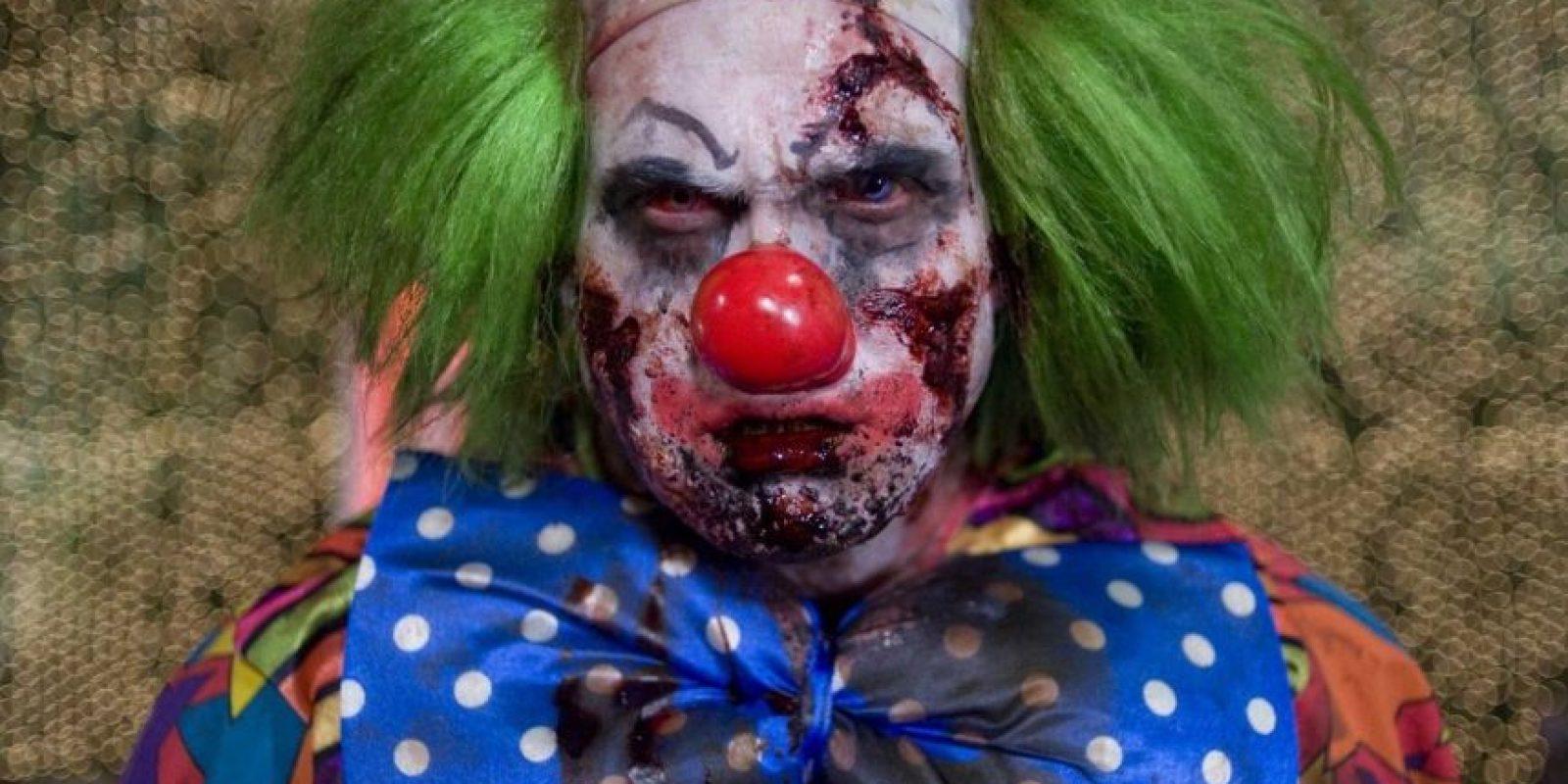 El personaje principal se encuentra con un espeluznante payaso zombificado al final de la película. Foto:Vía IMDB