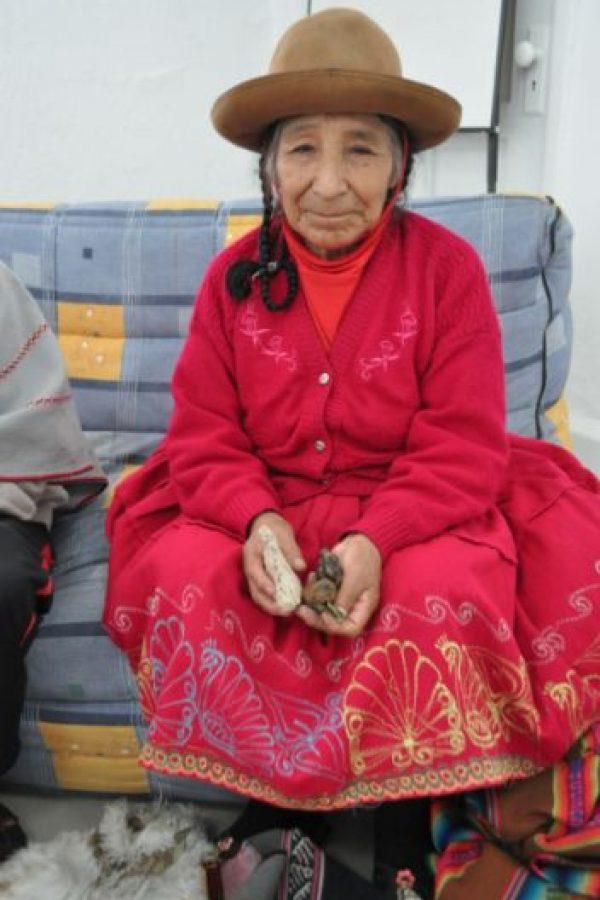 Mexicana se gana el aumento de sueldo mamando verga video completo en httpcutpaidcomuht9t - 4 4
