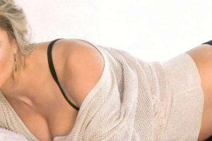 La celebridad subió la temperatura de todos sus seguidores en junio de este año cuando posó desnuda para la revista GQ México. Foto:GQ. Imagen Por: