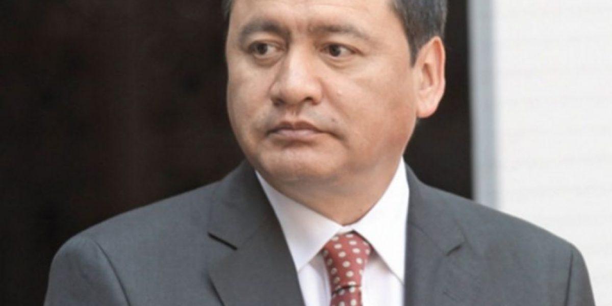 Osorio Chong pide respeto a víctimas de Monterrey en medios e Internet