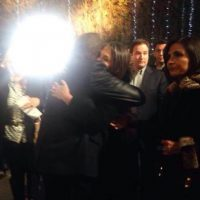"""""""Sentí la necesidad de darle un abrazo, para compartir nuestro sentimiento por un gran Ser"""", confesó Carlos Villagrán ante el abrazo con Florinda Meza Foto:Facebook/Carlos Villagrán. Imagen Por:"""