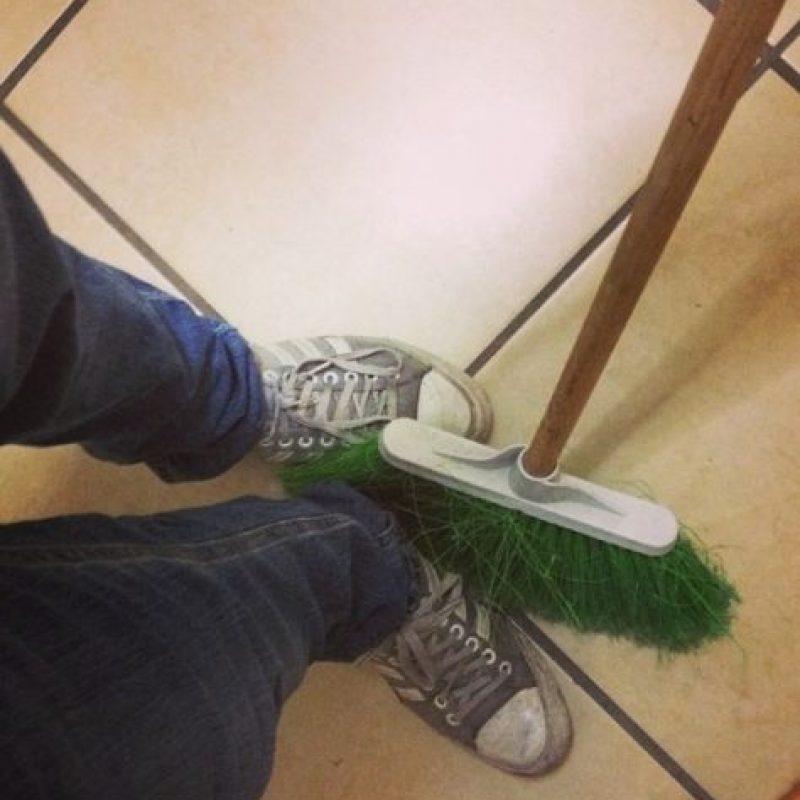 Que les barran los pies Foto:instagram.com/agnava_