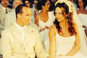 La pareja se casó el 1 de abril del año 2000 Foto:Instagram/andrealegarreta